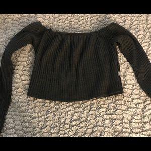 NYTT Long Sleeved Off-Shoulder Crop Top